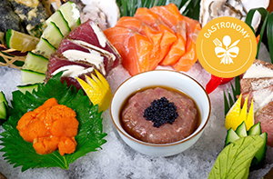 Restaurants and Dishes to Get You into Raw Food